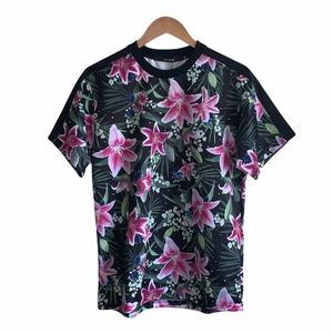 NWT Joyrich floral crewneck top size medium